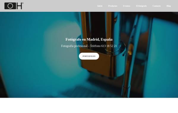 Vorschau von www.fototavi.de, Horn, Octavian - Der Mann mit der Lizenz zum Fotografieren